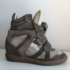 ISABEL MARANT BEKETT HIGHT-TOP SUEDE SNEAKERS GRIS